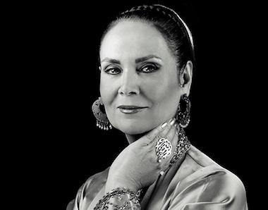 یازدهمین جایزه بیتا برای پریسا، خواننده و موسیقیدان ایرانی